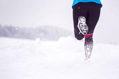 Comment séquiper pour courrir un trail blanc ?