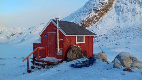 Cabane en bois Arctique Expéditions polaires