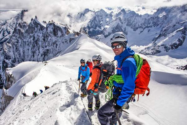 Guides de haute montagne professionnels, experts internationaux de la montagne